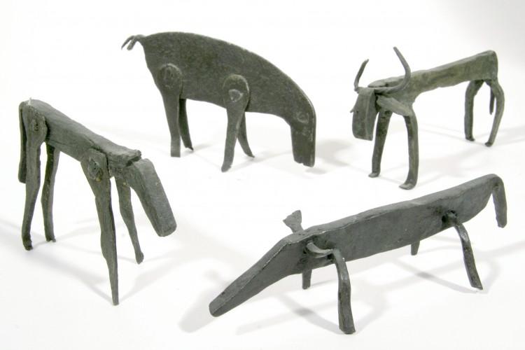 Kované figurky užívané k zažehnání nemoci domácích zvířat,  Dolní Vltavice, 17. století