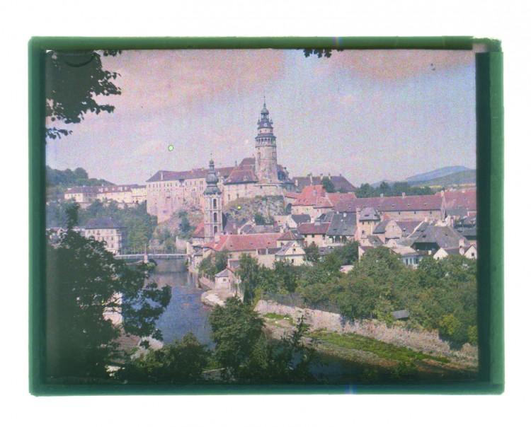19. Karel Šmirous - pohled na Český Krumlov - autochrom, 1908 (Regionální muzeum v Č.K.)