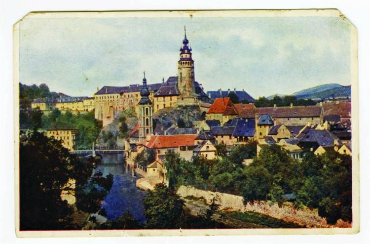 20. Karel Šmirous - pravděpodobně první barevná pohlednice v Čechách tištěná z autochromu, 1910 (Regionální muzeum v Č.K.)
