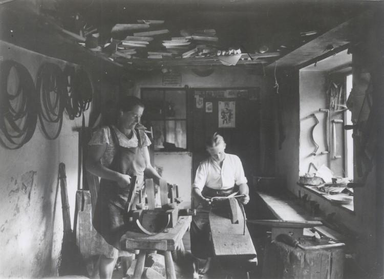Domácí výroba sít na Šumavě, 30. léta 20. století.