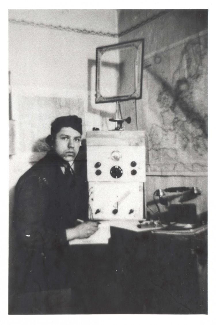Josef Medek, radioamatér popraven nacisty ve věku 18 let